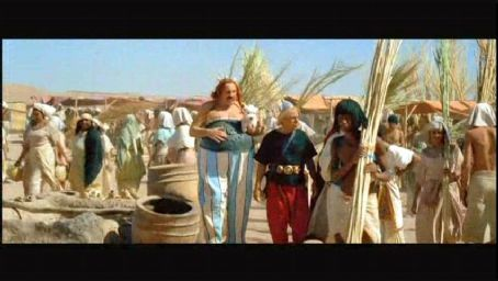 Asterix and Obelix Meet Cleopatra  (2002)