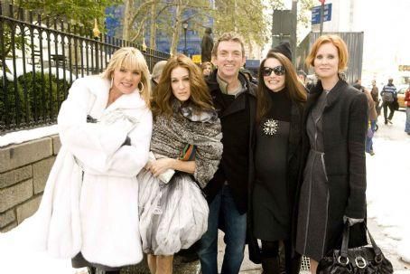 Michael Patrick King The ladies of Sex and the City; Kim Cattrall (left), Sarah Jessica Parker (center left), Kristin Davis (center right) and Cynthia Nixon (right) with Director  (center) on the set of New Line Cinema's upcoming release of SEX AND T
