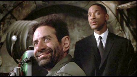 Tony Shalhoub Men in Black II (2002)
