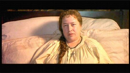Kathy Bates Swept from the Sea (1997)