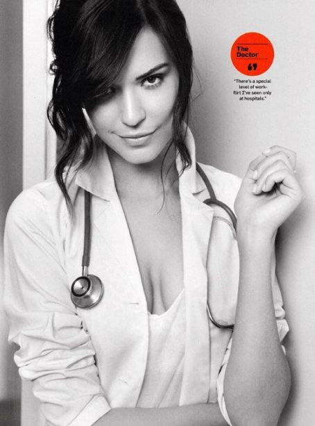 Odette Annable - Odette Anable Heats Up Men's Health November 2011