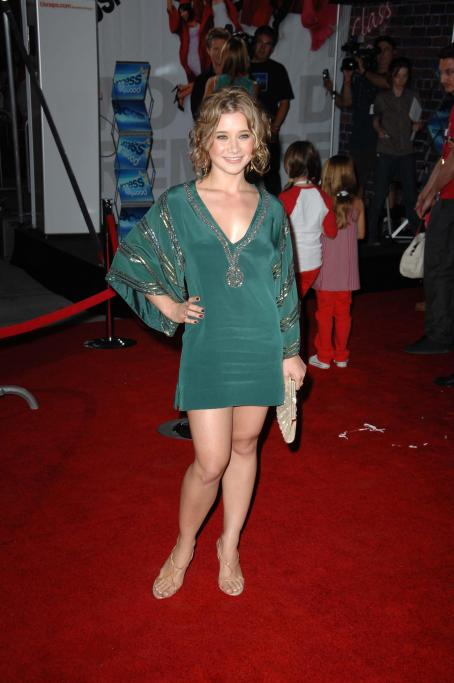 Olesya Rulin - High School Musical 3 Premiere In Los Angeles, 16.10.2008.