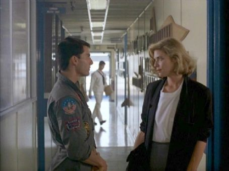 Kelly McGillis Tom Cruise and  in Top Gun (1986)