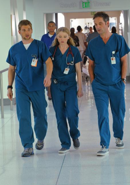 Elisabeth Harnois - Miami Medical - Promos