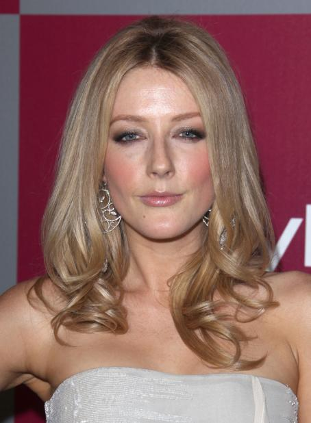 Jennifer Finnigan - InStyle/Warner Brothers Golden Globes Party at The Beverly Hilton hotel on January 16, 2011 in Beverly Hills, California
