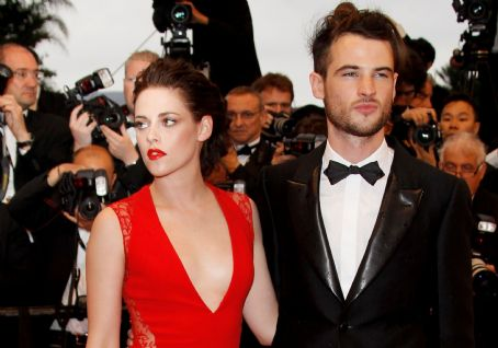 Kristen Stewart & Tom Sturridge at Rob's Cosmopolis Premiere