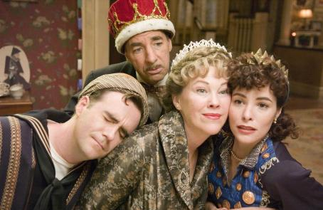 Harry Shearer Christopher Moynihan as Brian Chubb,  as Victor Allan Miller, Catherine O'Hara as Marilyn Hack and Parker Posey as Callie Webb in director Christopher Guest's For Your Consideration. Photo credit: Suzanne Tenner © 2006 Shangri-La
