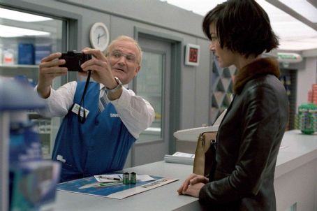 One Hour Photo Robin Williams and Connie Nielsen in Fox Searchlight's  - 2002