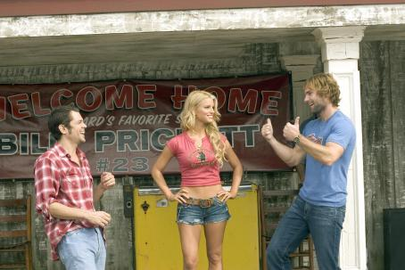 Daisy Duke L-r: JOHNNY KNOXVILLE as Luke Duke, JESSICA SIMPSON as  and SEANN WILLIAM SCOTT as Bo Duke star in Warner Bros. Pictures' and Village Roadshow Pictures' action comedy 'The Dukes of Hazzard,' distributed by Warner Bros. Pictures.