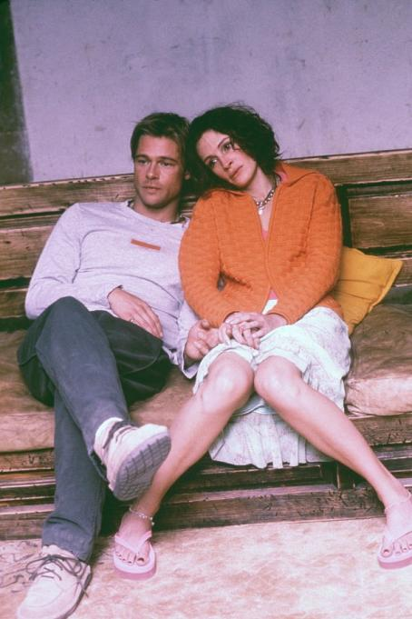 The Mexican Brad Pitt and Julia Roberts in Gore Verbinski's  - 2001