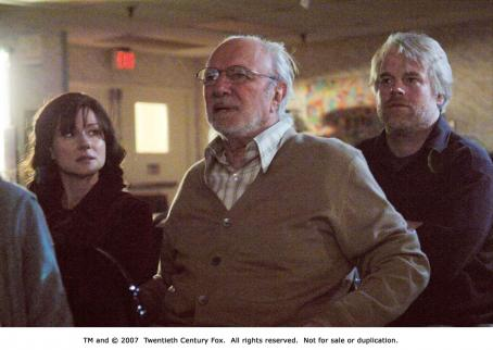 The Savages From left: Laura Linney, Philip Bosco and  Philip Seymour Hoffman in THE SAVAGES. Photo Credit: Andrew Schwartz
