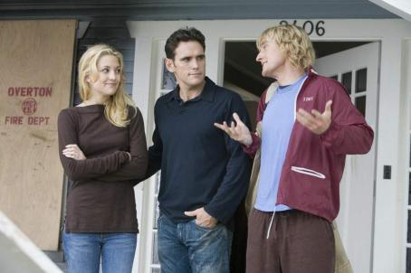 Kate Hudson and Matt Dillon - Newlyweds Molly Peterson (Kate Hudson) and Carl Peterson (Matt Dillon) grin and bear permanent houseguest Randy Dupree (Owen Wilson)