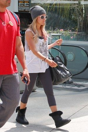 Ashley Tisdale: Hitting the Equinox Gym in West Hollywood