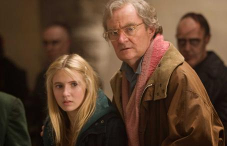 Meggie Folchart (L-R) ELIZA HOPE BENNETT as Meggie and JIM BROADBENT as Fenoglio in New Line Cinema's fantasy adventure 'Inkheart,' also starring BRENDAN FRASER, PAUL BETTANY, HELEN MIRREN and ANDY SERKIS. This film is distributed by Warner Bros. Pictures. Ph