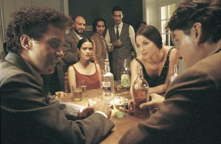 Alfred Molina Antonio Banderas, Salma Hayek, Ashley Judd and  in Miramax's Frida - 2002
