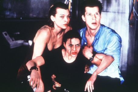Eric Mabius Milla Jovovich, Michelle Rodriguez and  in Screen Gems' Resident Evil - 2002