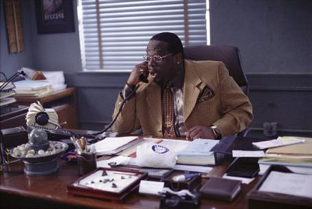 Serving Sara Cedric The Entertainer in Paramount's  - 2002