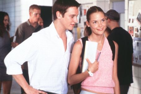 Slackers Dave (Devon Sawa) starts to fall for the brainy and beautiful babe Angela (James King) in Screen Gems'  - 2002