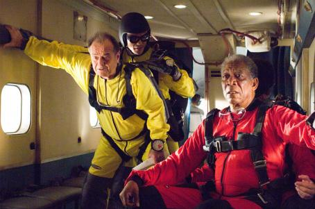 "Ian Anthony Dale (L-r) JACK NICHOLSON as Edward, IAN ANTHONY DALE as the instructor and MORGAN FREEMAN as Carter in Warner Bros. Pictures' comedy drama ""The Bucket List."" Photo by Sidney Baldwin"