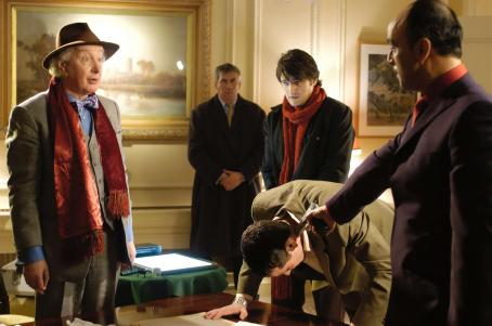 Edward Hibbert as Gordon Fisher with Tom Chambers and Art Malik in Indican Pictures', Fakers - 2006