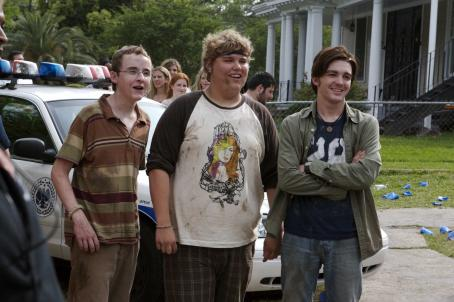 College Morris (Kevin Covais), Carter (Andrew Caldwell) and Kevin (Drake Bell) in COLLEGE.