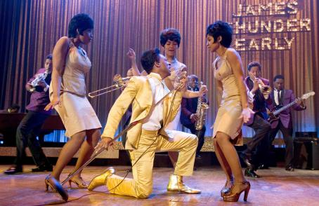 Anika Noni Rose L to R: Eddie Murphy as James 'Thunder' Early with (L to R) Jennifer Hudson as Effie White, Beyoncé Knowles as Deena Jones and  as Lorrell Robinson in Dreamgirls - 2006