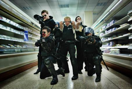Hot Fuzz Simon Pegg (center) in Edgar Wright comedy '' 2007