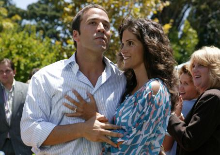 Jami Gertz Jeremy Piven as Adam and  as Joanne in Comedy movie from Miramax Films. Photo credit: Michael Yarish