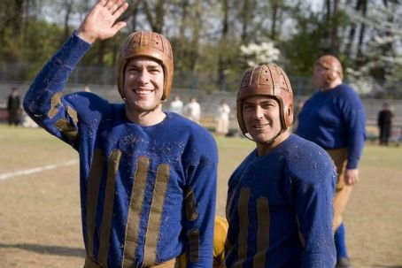 Leatherheads (L to R) War hero Carter Rutherford (JOHN KRASINSKI) and team captain Dodge Connolly (GEORGE CLOONEY) and in a quick-witted romantic comedy set against the backdrop of America's pro-football league in 1925—. Credit: Melinda Sue Gor