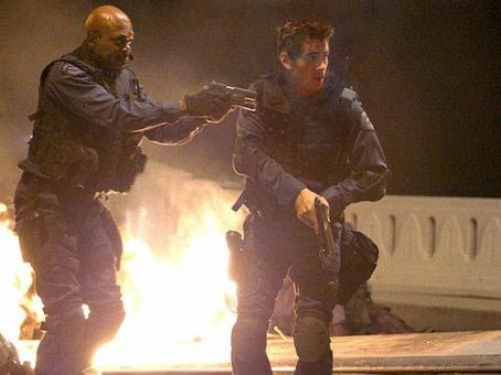 S.W.A.T. Samuel L. Jackson and Colin Farrell in Columbia's  - 2003
