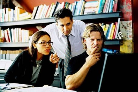 Shattered Glass Rosario Dawson, Cas Anvar and Steve Zahn in  - 2003