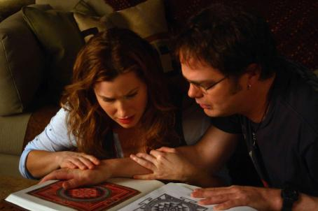 "The Last Mimzy Kathryn Hahn (left) stars as ""Naomi Schwartz"" and Rainn Wilson (right) stars as ""Larry White"" in New Line Cinema's release of Bob Shaye's THE LAST MIMZY. Photo Credit: ©2007 Shane Harvey/New Line Cinema"
