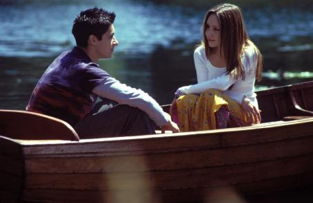 What a Girl Wants Oliver James and Amanda Byner in Warner Bros. Pictures coming-of-age comedy, 'What A Girl Wants.'
