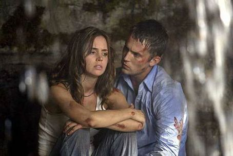 Desmond Harrington Eliza Dushku and  in 20th Century Fox's Wrong Turn - 2003