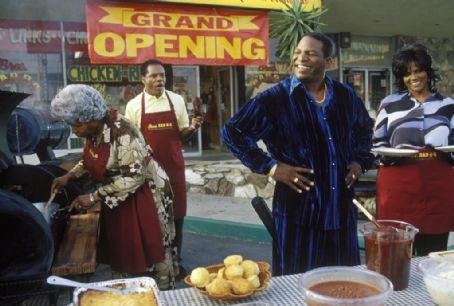 Anna Maria Horsford Grandma Jones (Dolores Sheen), Mr. Jones (John Witherspoon), Uncle Elroy (Don 'DC' Curry) and Mrs. Jones (Anna Marie Horsford) in New Line's Friday After Next - 2002
