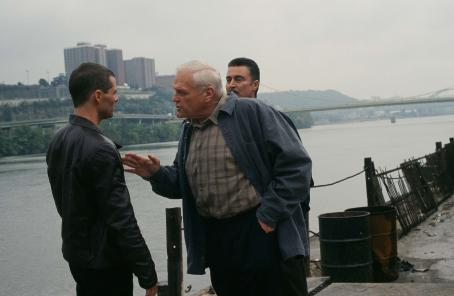 Brian Dennehy Tommy (James Marsden) and Horvath () in crime movies, 10th and Wolf - 2006
