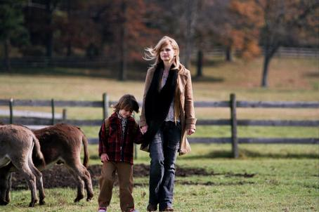 Dominic Scott Kay  as Paul (6 years old) and Kyra Sedgwick as Emily in director Kevin Bacon Drama Romance, Loverboy 2006