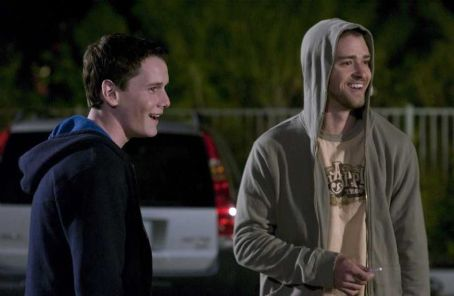 Alpha Dog Anton Yelchin as Zack Mazursky with Justin Timberlake as Frankie in Nick Cassavetes Crime Drama '' 2007