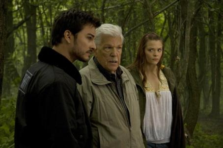 Kerr Smith Axel Palmer (), Burke (Tom Atkins) and Sarah Palmer (Jaime King) in MY BLOODY VALENTINE 3D. Photo credit: Michael Roberts