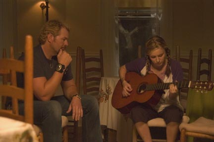 Toby Keith Bo Price () and Dixie Deetan (Lindsey Haun) in Broken Bridges - 2006