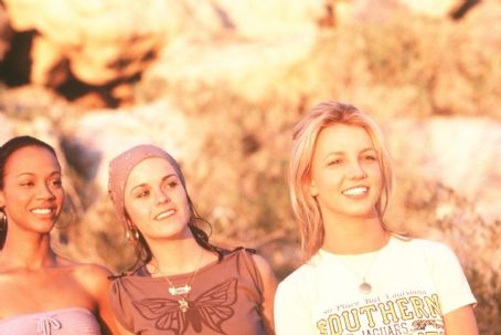 Taryn Manning Zoe Saldana as Kit,  as Mimi and Britney Spears as Lucy in Paramount's Crossroads - 2002