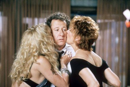 The Banger Sisters Goldie Hawn, Geoffrey Rush and Susan Sarandon in Fox Searchlight's  - 2002
