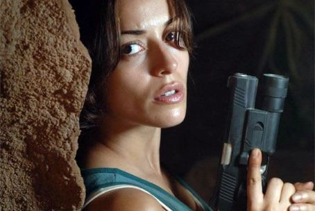 Unearthed Emmanuelle Vaugier star as Annie in .