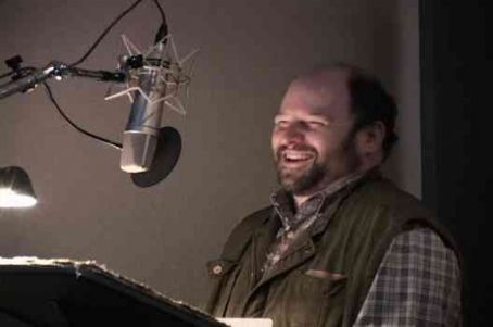 Jason Alexander  as Penguin on Belly (voice) in Farce of Penguins.
