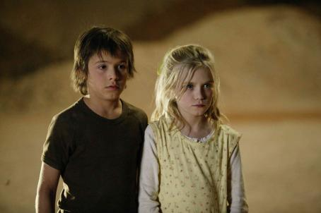 Sapphire Boyce Ashmol Williamson (Christian Byers) left, at the opal fields with his sister Kellyanne Williamson ( ) right in Focus Features' Opal Dream - 2006
