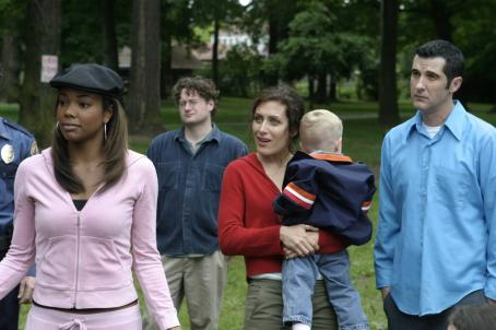 Anthony Clark Elise (Gabrielle Union), Sarah (Lisa Edelstein) and Russell () in Peter Paige director Say Uncle - 2006