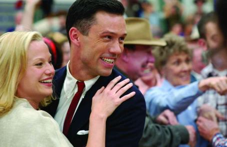 Jeffrey Donovan SAMANTHA MATHIS (Jean Driscoll) and JEFFREY DONOVAN (Clay Driscoll) in Believe In Me. Credit by Richard Foreman. © Believe Productions, LLC 2007