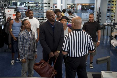Benny (L-r) MALIEEK W. STRAUGHTER as DeAngelo, BOW WOW as Kevin Carson, JASON WEAVER as Ray-Ray, TERRY CREWS as Jimmy The Driver, LESLIE JONES as Tasha, BRANDON T, JACKSON as  and VINCE GREEN as Malik in Alcon Entertainment's comedy 'LOTTERY TICKET