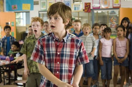 "Luke Benward  (center) stars as ""Billy"" in New Line Cinema's upcoming family release, How To Eat Fried Worms. Photo Credit: 2006 Van Redin/New Line Productions"