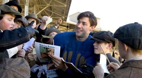 Leatherheads John Krasinski star as Carter Rutherford in George Clooney direct movie '.'
